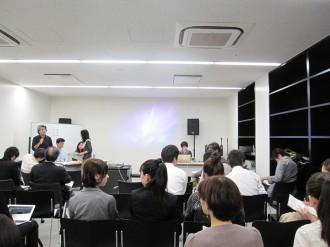 卒論発表・審査会が始まりました。